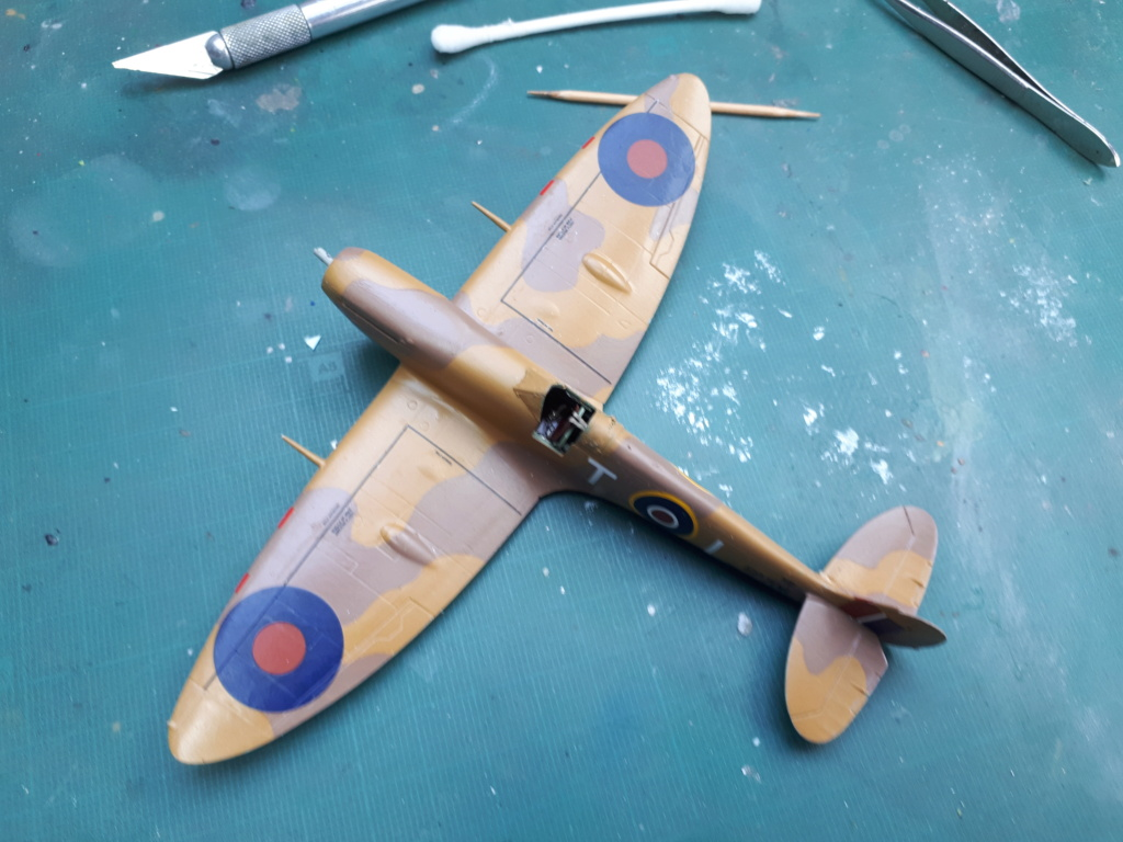 [ITALERI] Spitfire Mk Vb trop 249° Squadron Malte 1942 - Page 2 20210413
