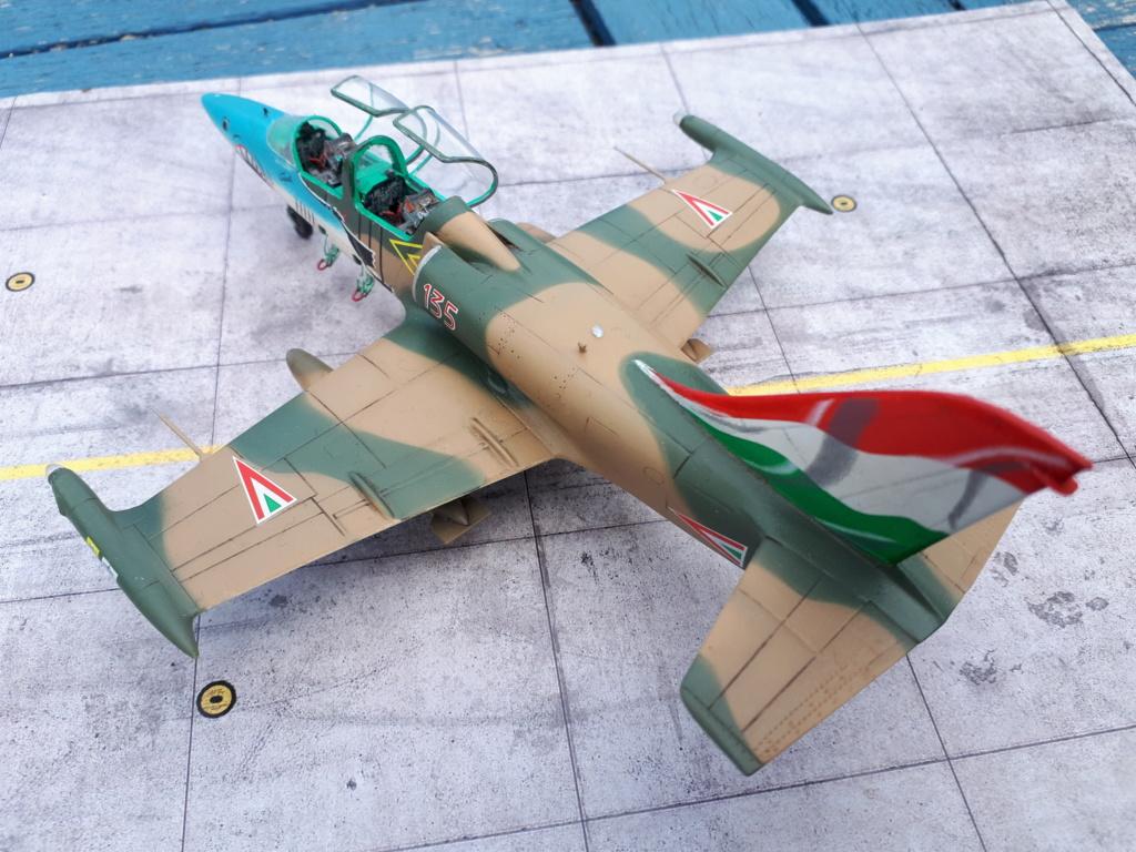 L-39 AlLBATROS Hungarian Sharks [EDUARD] L-39_h42