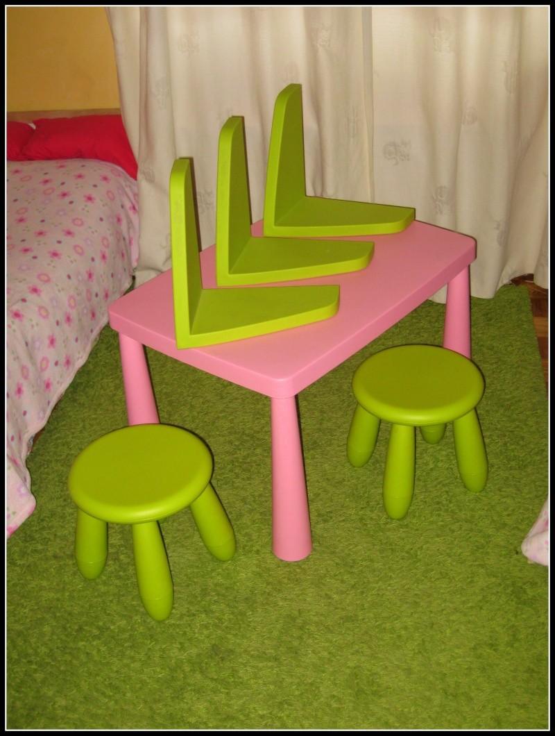 Conjunto mesa+bancos+carpete+3 prateleiras Img_0810