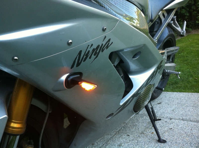 Voici ma mienne!!! ZX6R k4 - Page 2 Img_4722