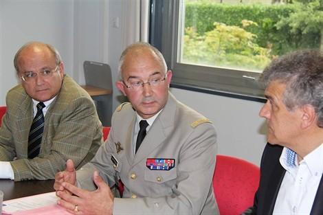 Défense et entreprises ensemble pour l'emploi 2012_011
