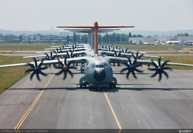 L'A400M dans tous ses états au sol et en vol 49187-10