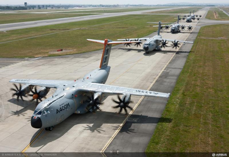 L'A400M dans tous ses états au sol et en vol 49187-11