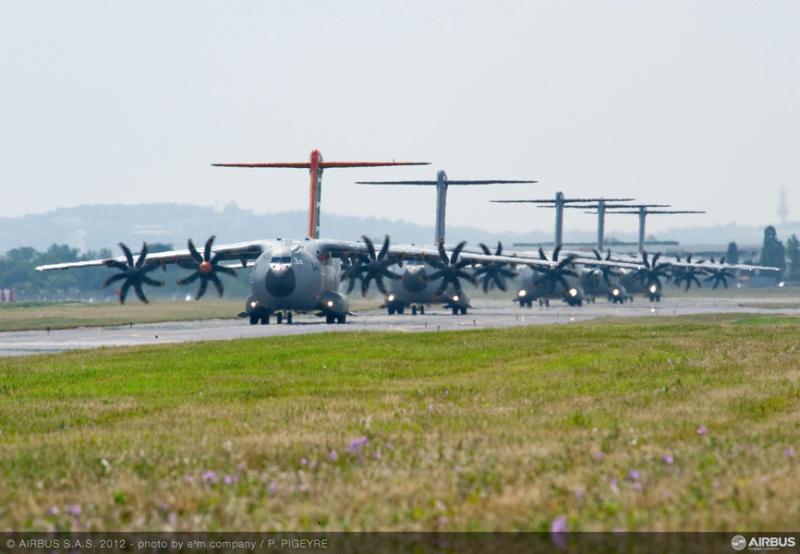 L'A400M dans tous ses états au sol et en vol 49187-13