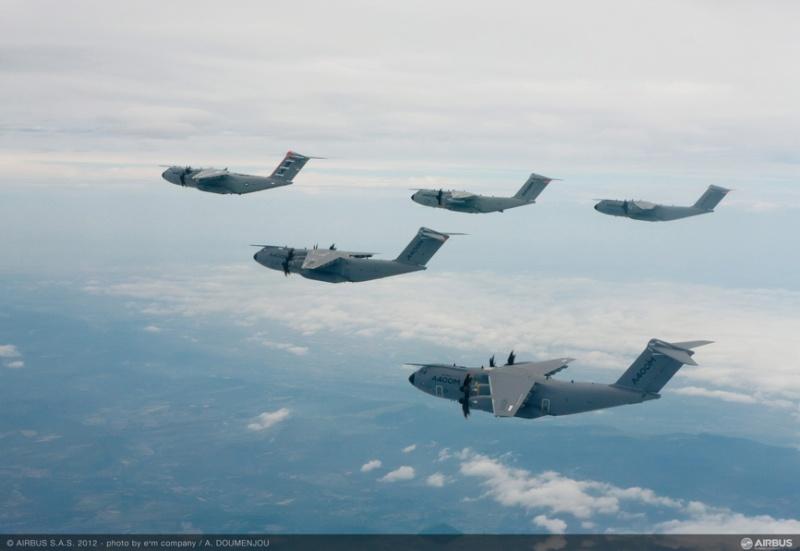 L'A400M dans tous ses états au sol et en vol 49187-14