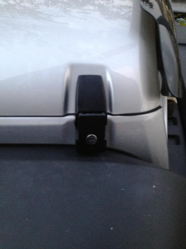 Ganci cofano Rampage con serratura Imm411