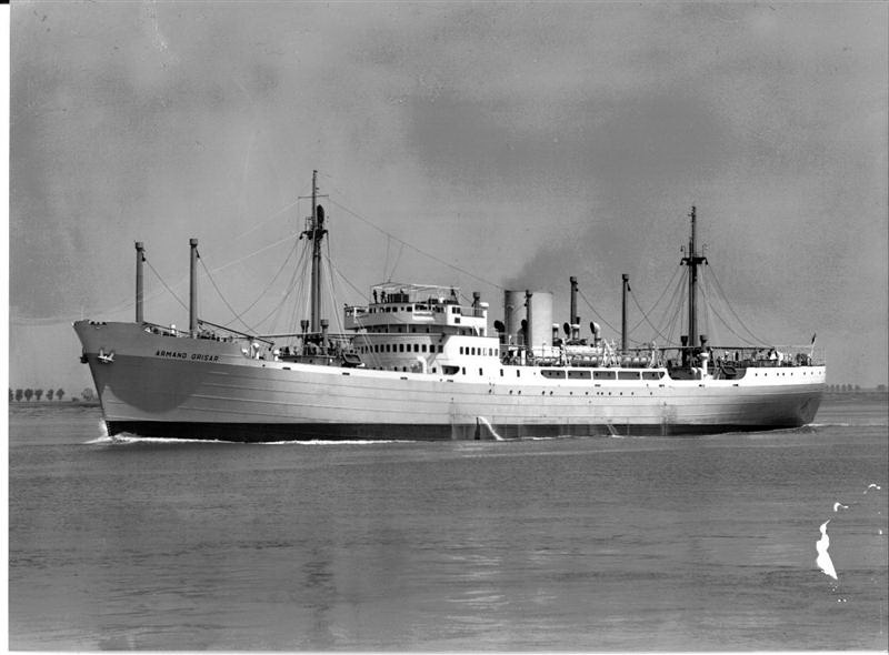 Photos de navires marchands - Page 5 1941-a11