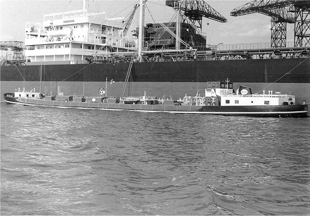 Photos de navires marchands - Page 5 1955-e10
