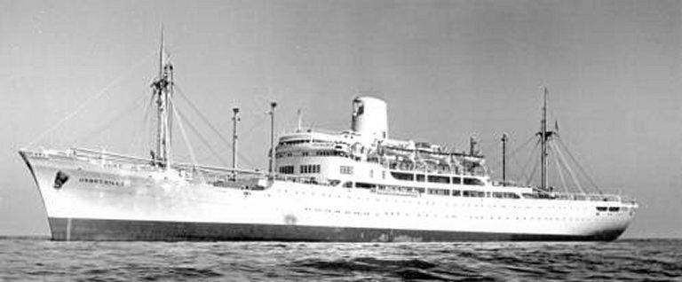 Photos de navires marchands - Page 5 1956-j10
