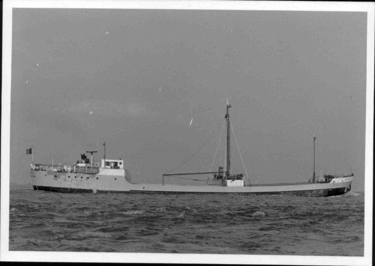 Photos de navires marchands - Page 5 1964-m10
