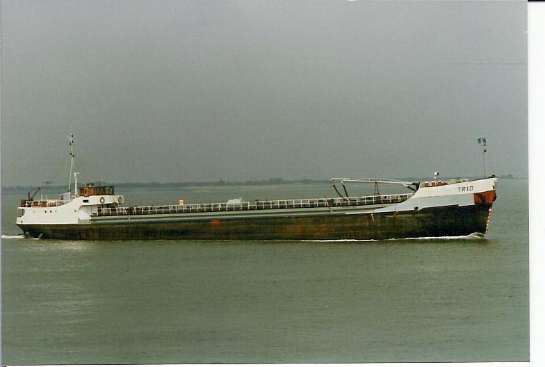 Photos de navires marchands - Page 5 1971-t10