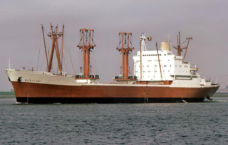 Photos de navires marchands - Page 5 Montfo10