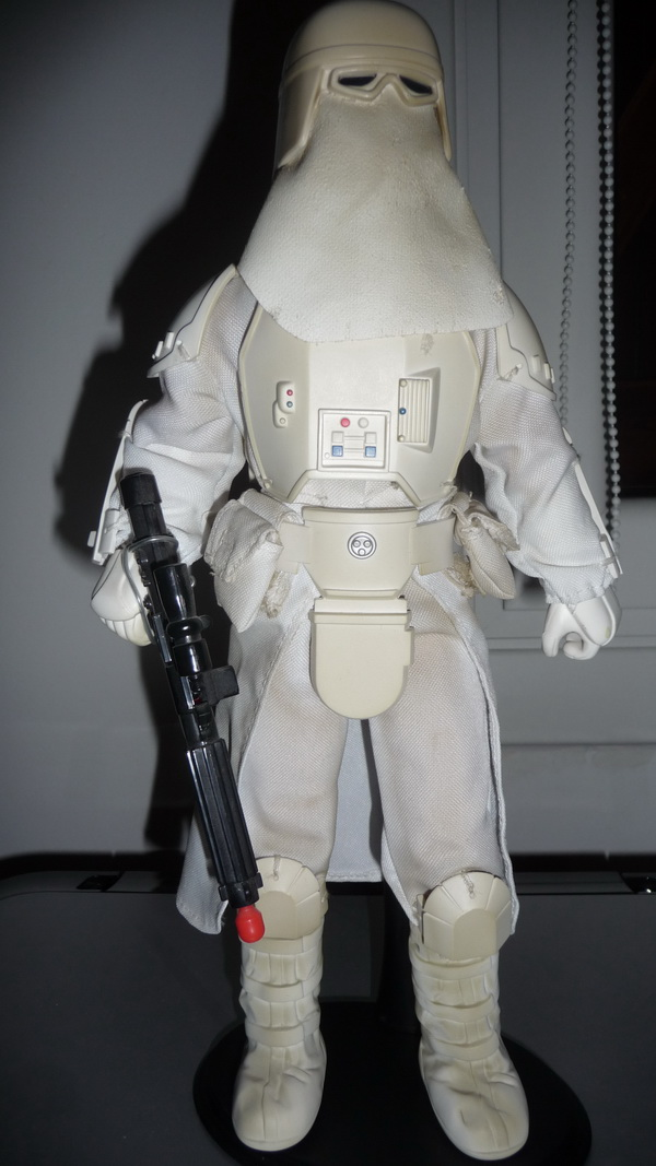 "Sideshow Collectibles - 12"" - Snowtrooper Hoth Battle  - Page 2 Snowtr10"