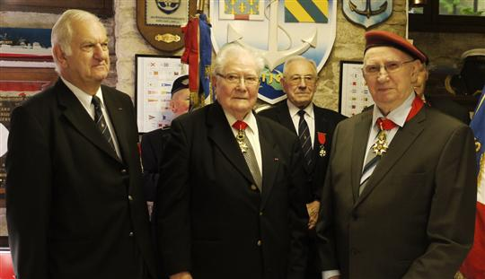 Le caporal-chef Maurice Toulouse est désormais commandeur de la Légion d'honneur 2012_012