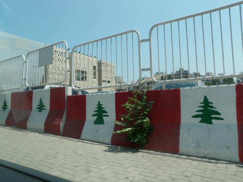 Beyrouth Le DRAKKAR PC du 1er RCP - 23 octobre 1983 dramatique souvenir...58 parachutistes des 1er et 9ème RCP sont tués sous les décombres de l'immeuble. P7091910