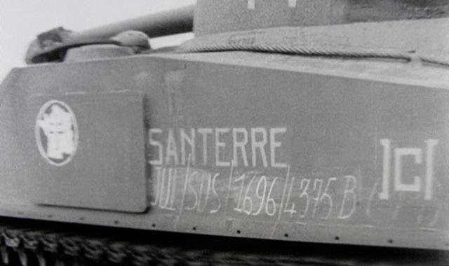 Films d'archives débarquement du 12° RCA Santer11