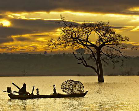 Những khoảnh khắc tuyệt đẹp trên đất Việt 13540621