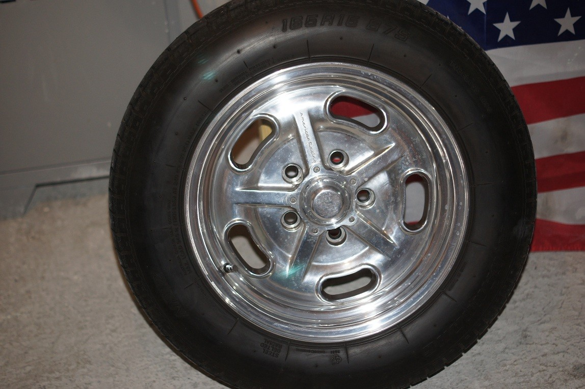 roues complètes Ford , jantes American Racing Dsc08014
