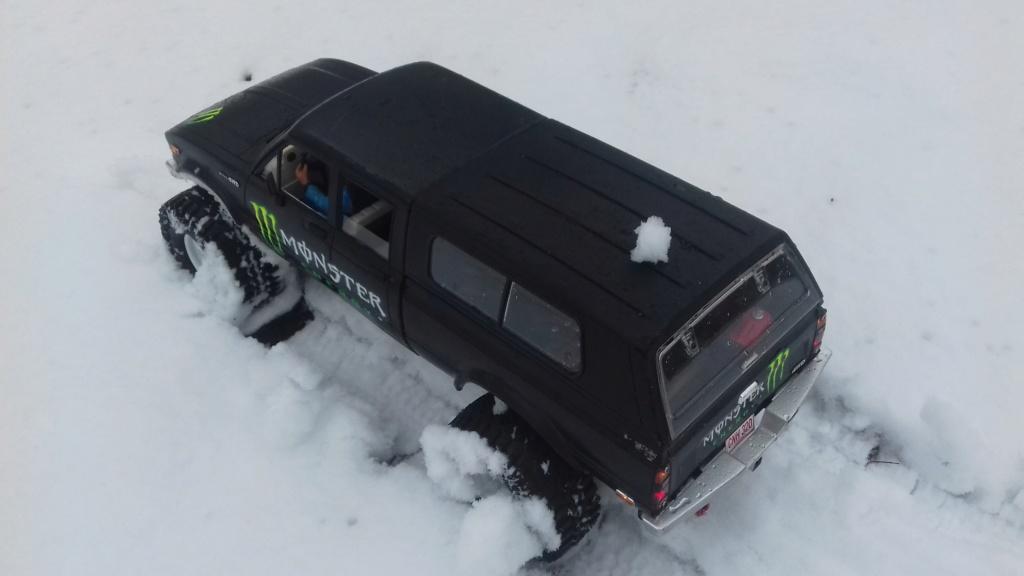 Les Toyota Hilux 2 & 4 portes RC4WD Trail Finder 2 RTR de Trankilou &Trankilette - Page 9 20190119