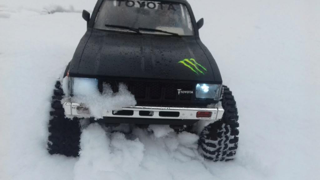 Les Toyota Hilux 2 & 4 portes RC4WD Trail Finder 2 RTR de Trankilou &Trankilette - Page 9 20190120