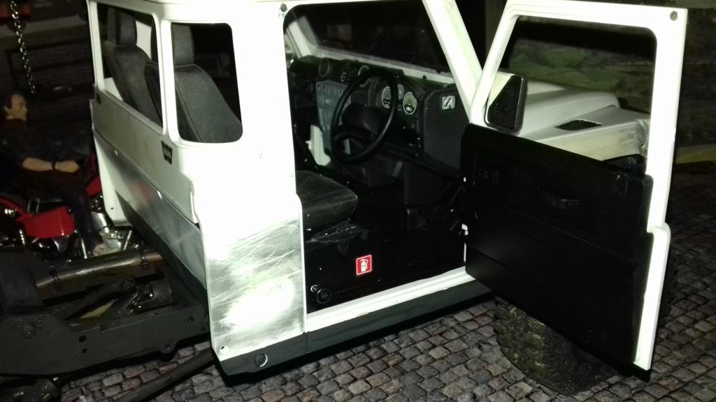 Land Rover Defender 110 Modifier Class 2 20190476