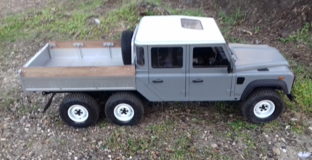 Land Rover Defender 130 - 6x6 truck Bed spécial véhicule  20190649