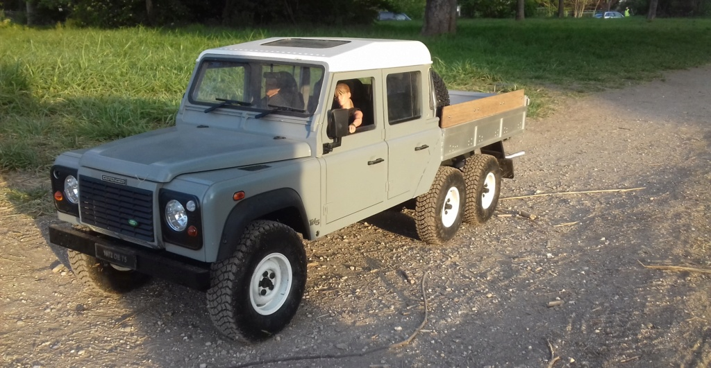 Land Rover Defender 130 - 6x6 truck Bed spécial véhicule - Class 1. 20190874
