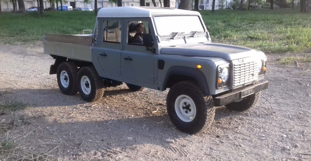 Land Rover Defender 130 - 6x6 truck Bed spécial véhicule - Class 1. 20190880