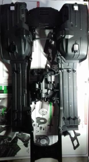Land Rover Defender 110 SW - Spécial Véhicles Chenilles 20191795
