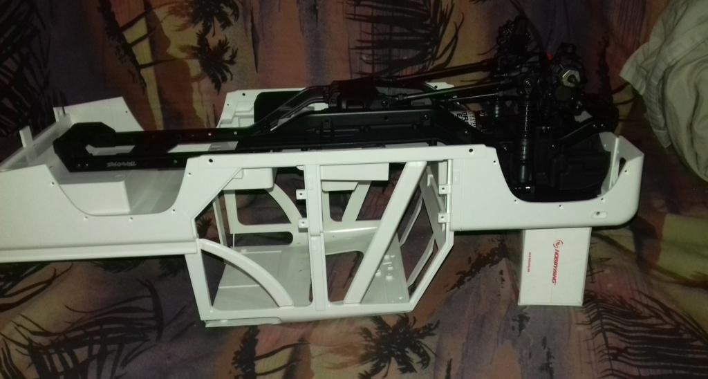 Land Rover Defender 110 SW - Spécial Véhicles Chenilles 20191829