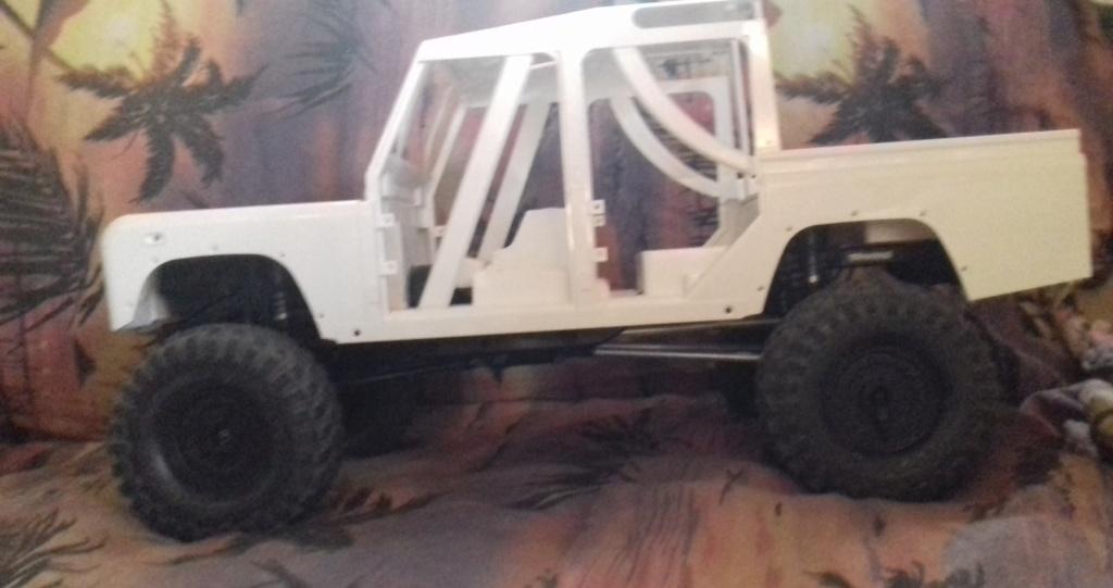Land Rover Defender 110 SW - Spécial Véhicles Chenilles 20191834