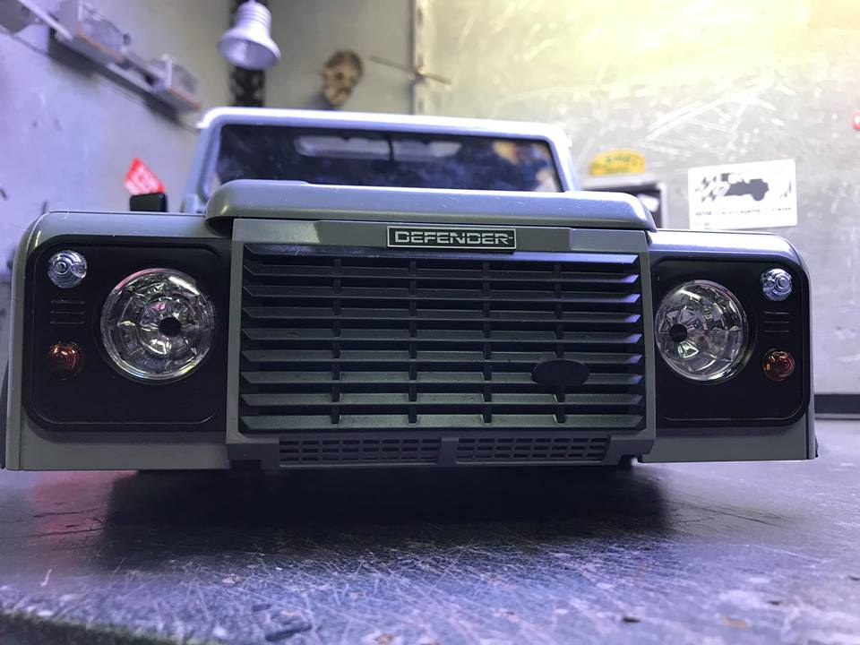 Land Rover Defender 130 - 6x6 truck Bed spécial véhicule  49199510
