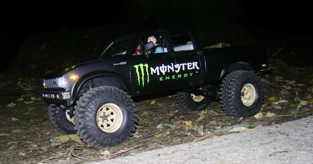 Les Toyota Hilux 2 & 4 portes RC4WD Trail Finder 2 RTR de Trankilou &Trankilette - Page 9 Dsc00024