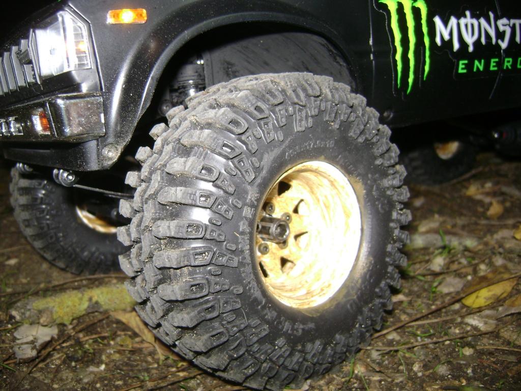 Les Toyota Hilux 2 & 4 portes RC4WD Trail Finder 2 RTR de Trankilou &Trankilette - Page 9 Dsc00026