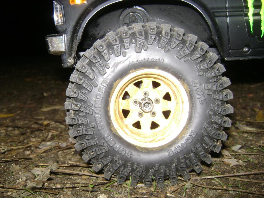 Les Toyota Hilux 2 & 4 portes RC4WD Trail Finder 2 RTR de Trankilou &Trankilette - Page 9 Dsc00031