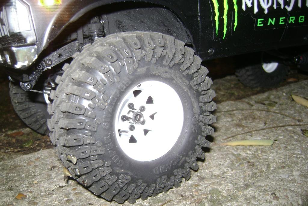 Les Toyota Hilux 2 & 4 portes RC4WD Trail Finder 2 RTR de Trankilou &Trankilette - Page 9 Dsc00036