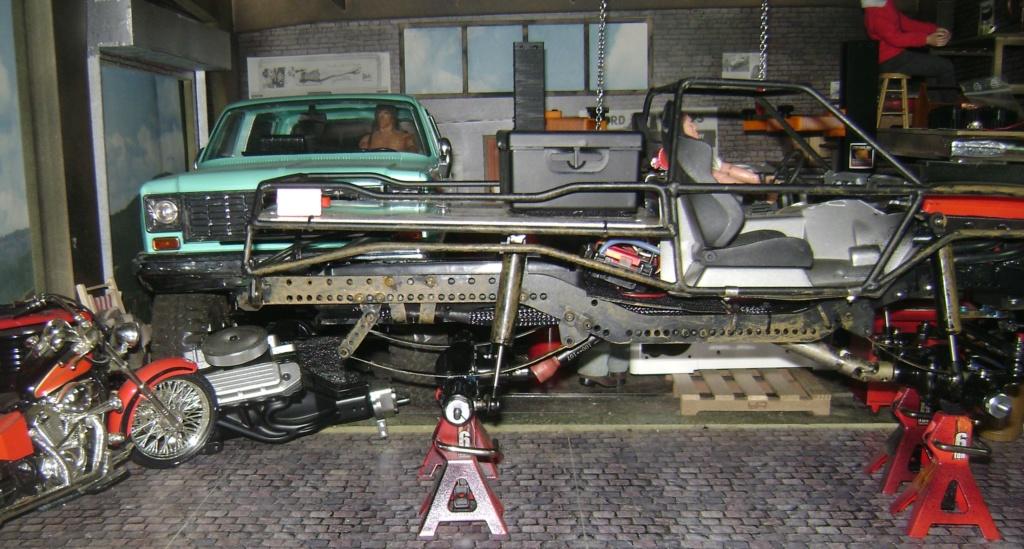 AMXROCK CRAWLER Chenilles Amewi (passé en roues) - Page 3 Dsc00310