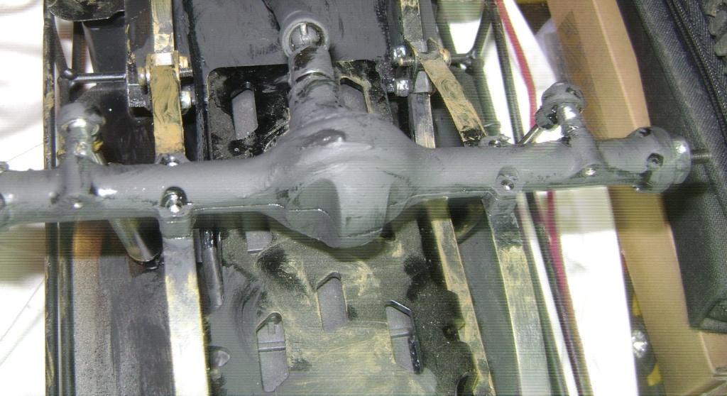 AMXROCK CRAWLER Chenilles Amewi (passé en roues) - Page 3 Dsc00313