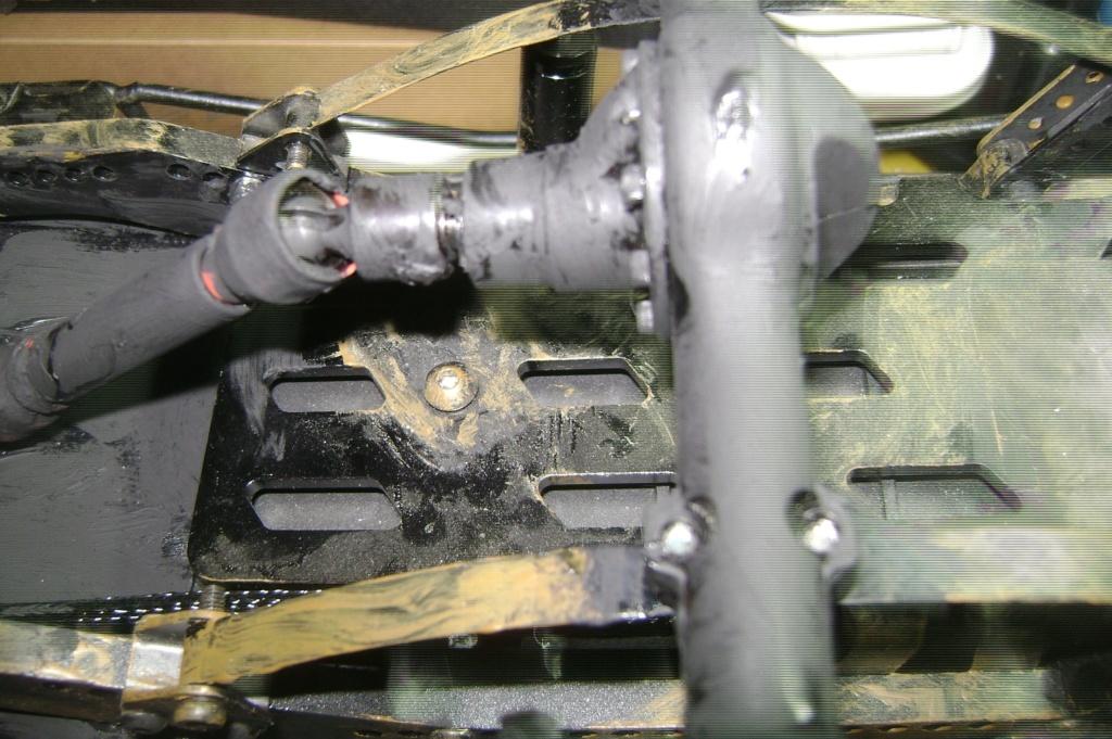 AMXROCK CRAWLER Chenilles Amewi (passé en roues) - Page 3 Dsc00315