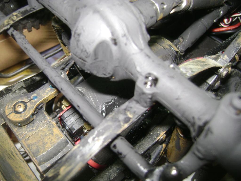 AMXROCK CRAWLER Chenilles Amewi (passé en roues) - Page 3 Dsc00316