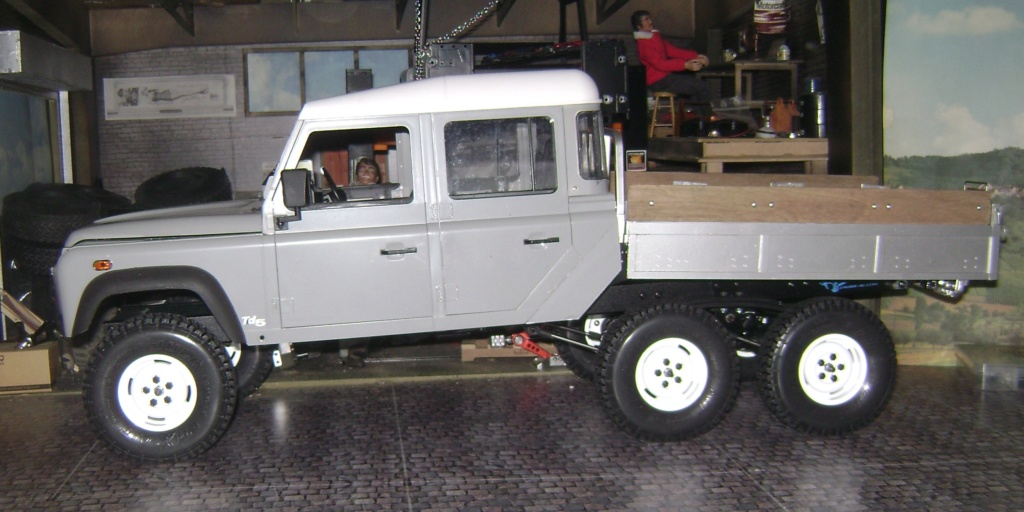 Land Rover Defender 130 - 6x6 truck Bed spécial véhicule - Class 1. Dsc00770