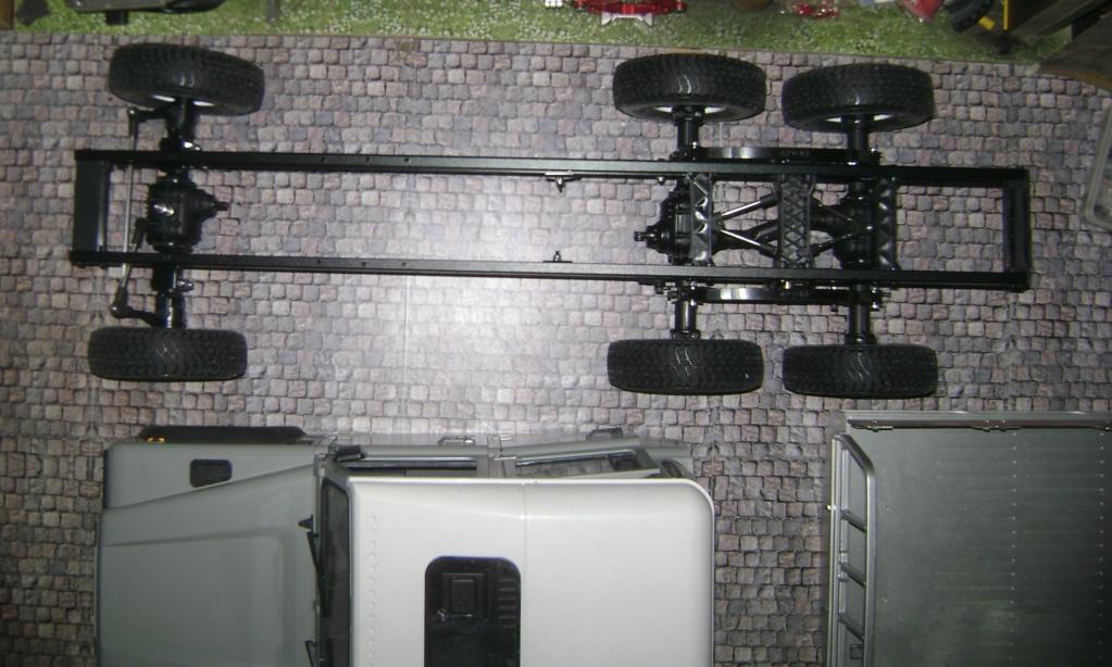 Land Rover Defender 130 - 6x6 truck Bed spécial véhicule - Class 1. Dsc00771