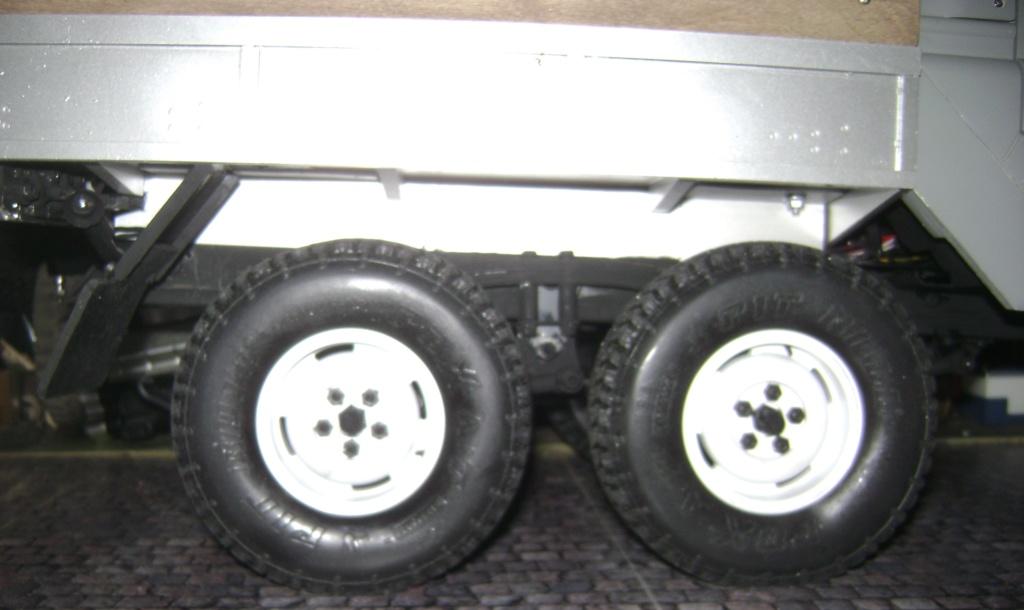 Land Rover Defender 130 - 6x6 truck Bed spécial véhicule - Class 1. Dsc00879