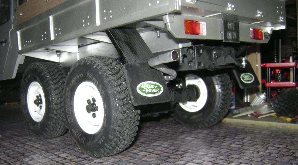 Land Rover Defender 130 - 6x6 truck Bed spécial véhicule - Class 1. Dsc00882