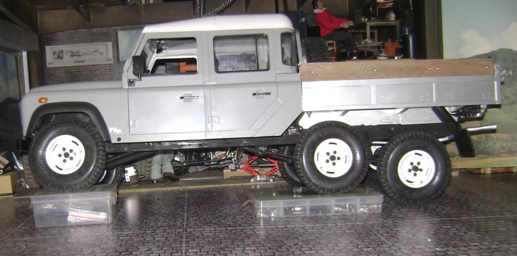 Land Rover Defender 130 - 6x6 truck Bed spécial véhicule  Dsc00884
