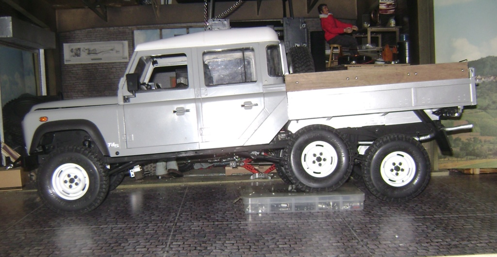 Land Rover Defender 130 - 6x6 truck Bed spécial véhicule - Class 1. Dsc00885