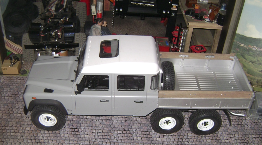 Land Rover Defender 130 - 6x6 truck Bed spécial véhicule  Dsc00890