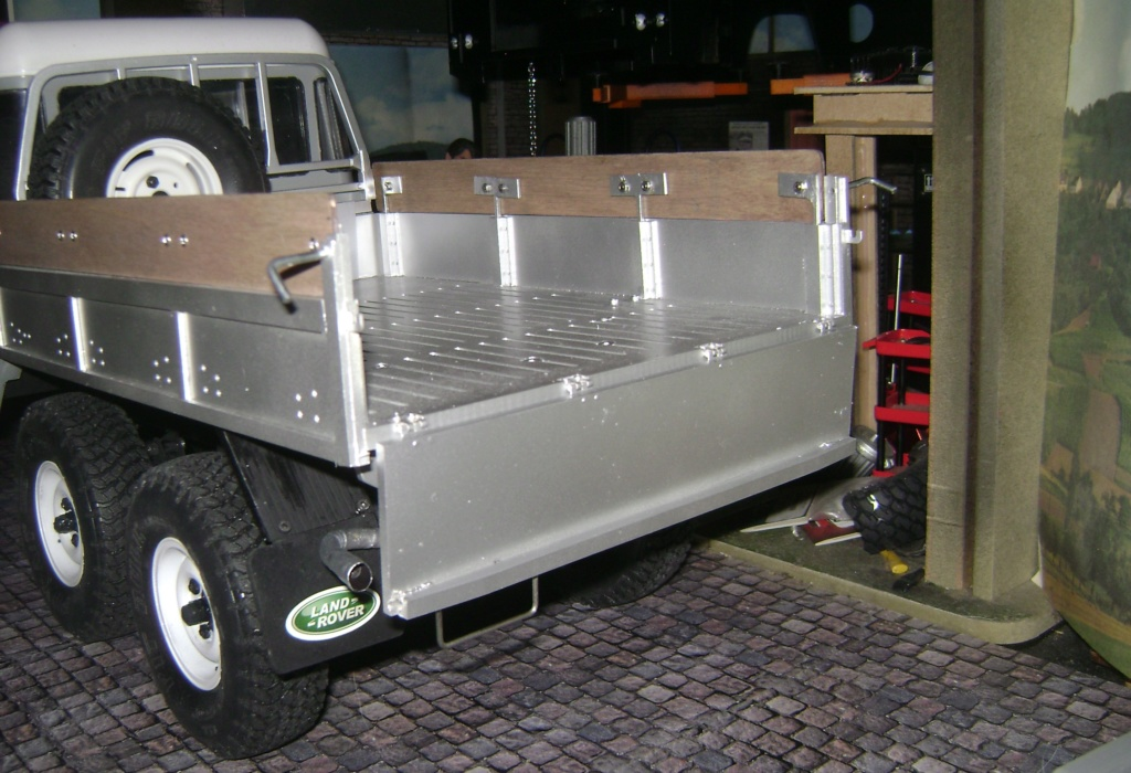 Land Rover Defender 130 - 6x6 truck Bed spécial véhicule - Class 1. Dsc00892