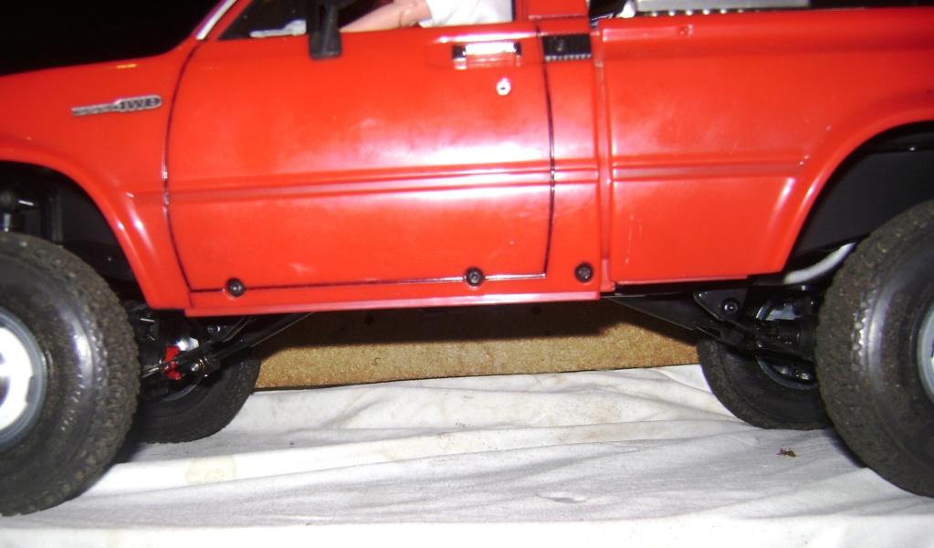 Les Toyota Hilux 2 & 4 portes RC4WD Trail Finder 2 RTR de Trankilou &Trankilette - Page 9 Dsc01001