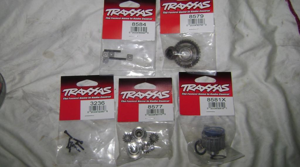 TRAXXAS UNLIMITED DESERT RACER - Tests & Améliorations de Trankilou - Page 34 Dsc08110